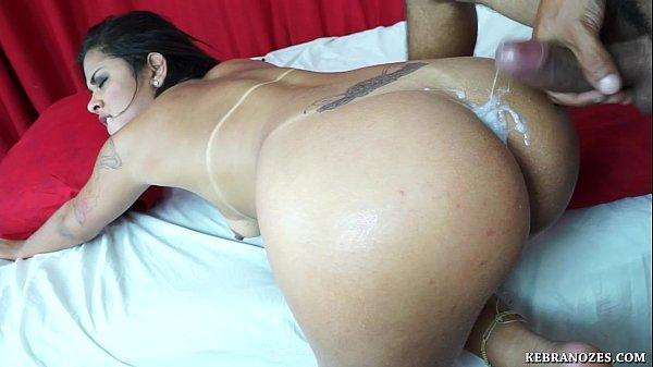 esporra sexo com brasileiras