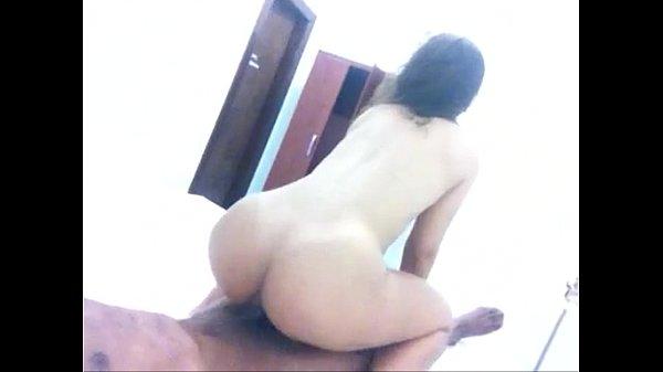 Cavala sentando com força na rola