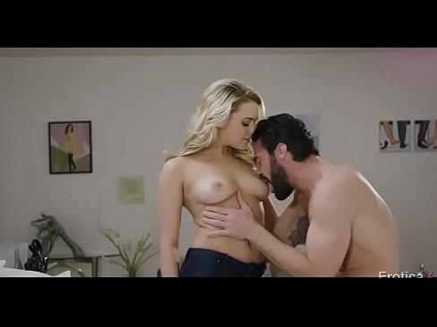 Sexo putaria de amadora sexy em com sua linda buceta