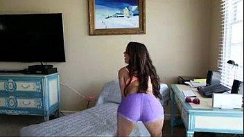 Moreninha quente em videosporno