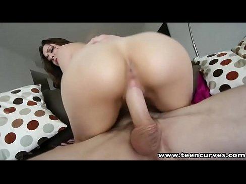 Safada top em pornorama com o macho que a pega de jeito