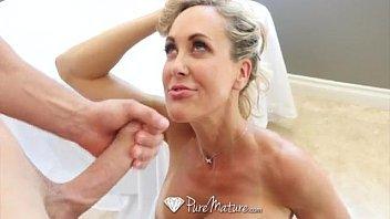 Loira tu bundas em sexo no dia do casamento
