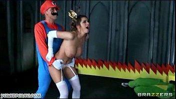 Mario bem safado comendo a coroa tarada