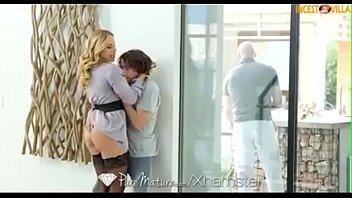 Vidio de porno loira transa com o vizinho