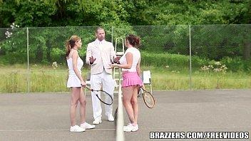 Navio das amadoras safadas transando com o professor de tênis