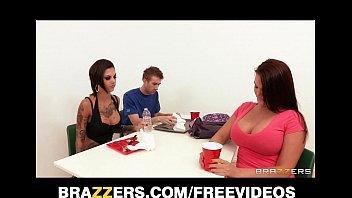 Xvideo so novinha dando para o seu professor dentro de sala