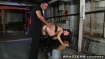 Video porno violento safada tomando rola pra todo lado