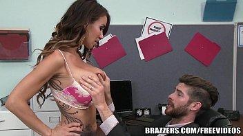 Cena de sexo gostosa dando pelada na filmagem e ficando doida de tanto prazer