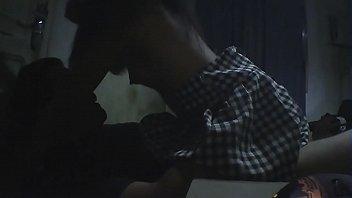 Vídeo amador estudante safada matando aula para foder