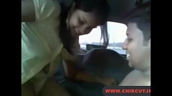 Sexo no carro com safada metendo nua e dando muito gostoso