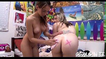 Porno lésbica gozando gostoso