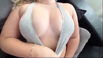 Assistir vídeo sexo safada branquinha delirando no cacete
