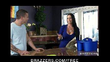 Mulheres gostosas com tesão dando a suas bucetinhas para o safado