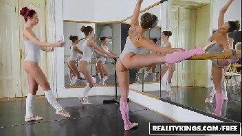 Professor de bailarina metendo com o rapaz safado