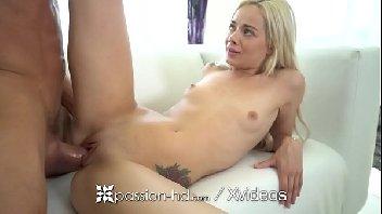 Sexo com uma loirinha apimentada