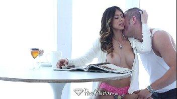Casada metendo bem gostoso em uma transa melada e gostosa