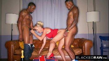 Mefode.net mulher esta em suruba com dois caras
